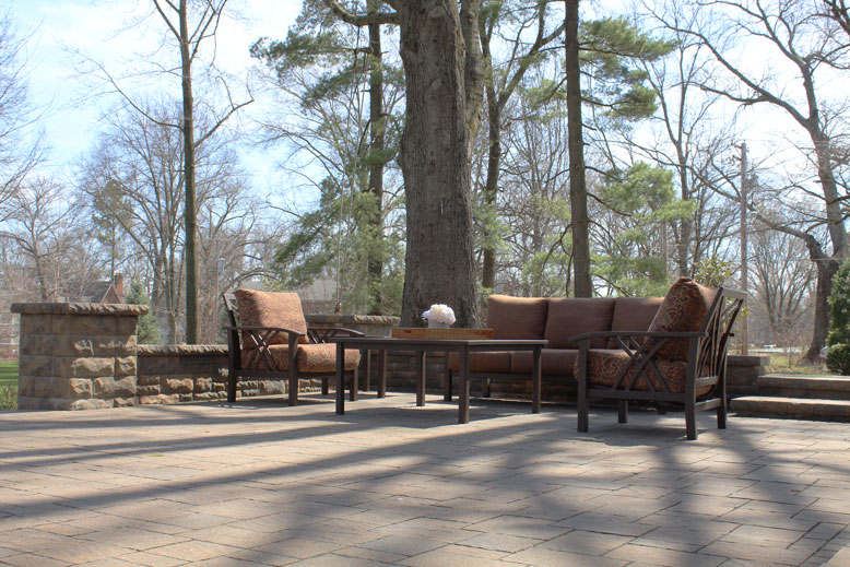 backyard-patio-design-Ladue-MO